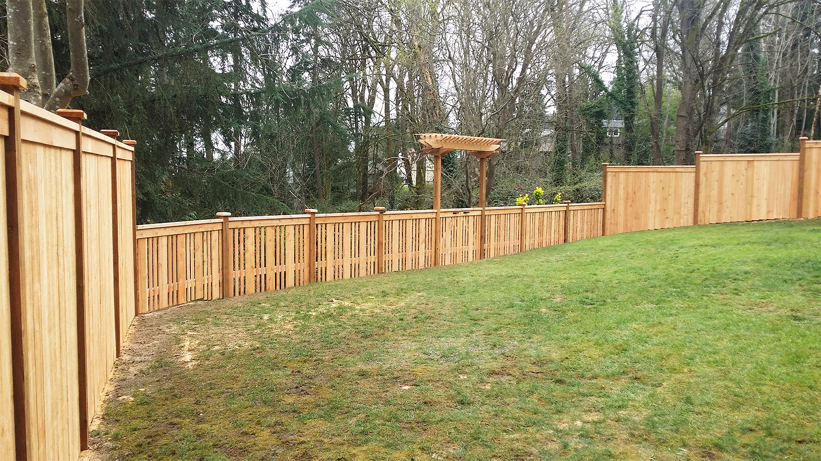 3ft Tall Cedar Fence with Alternating Boards, Caps, and Trim