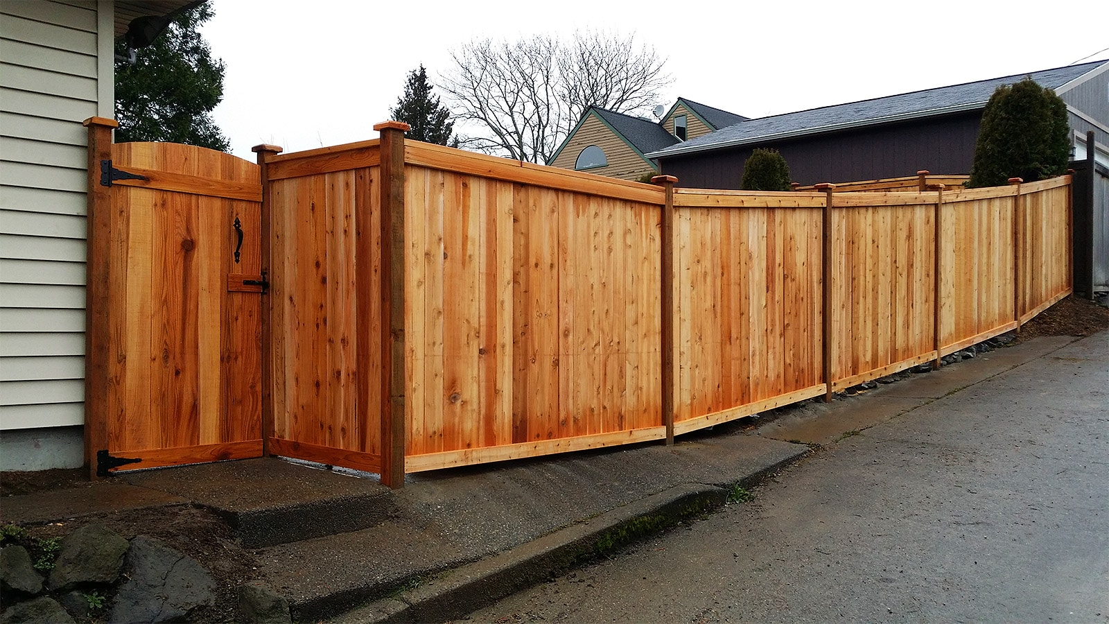 Alley Way Estate Style Fence with Curved Top Gate